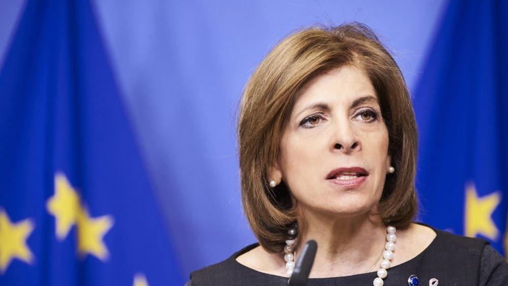 Ευρωπαία επίτροπος Υγείας: Η κόπωση των πολιτών, ο δεύτερος μεγαλύτερος εχθρός μετά τον κορονοϊό