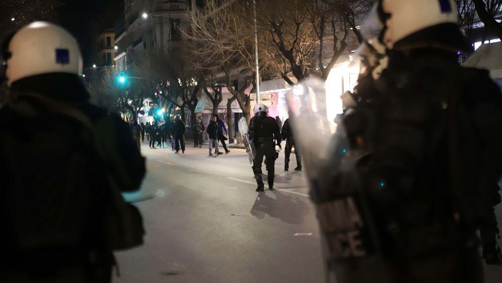 Ένταση στη διαδήλωση κατά της Συμφωνίας των Πρεσπών στη Θεσσαλονίκη