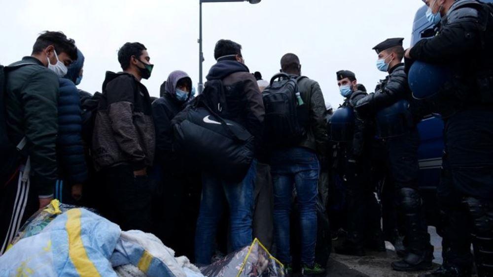 Χιλιάδες διαδηλωτές στους δρόμους του Παρισιού υπέρ του ανοίγματος ξενοδοχείων και εστιατορίων