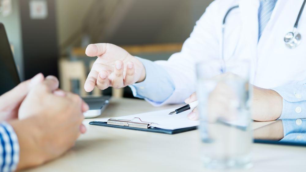 Ασθενείς με καρκίνο πνεύμονα: Τι πρέπει να γνωρίζουν για τον νέο κοροναϊό