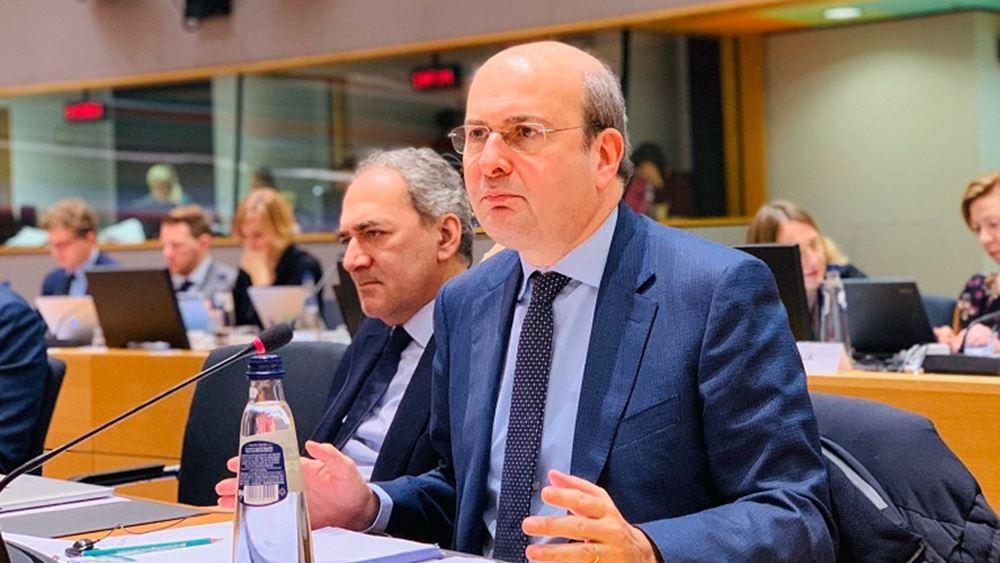 Για το Κάιρο αναχωρεί ο υπουργός Περιβάλλοντος και Ενέργειας Κ. Χατζηδάκης