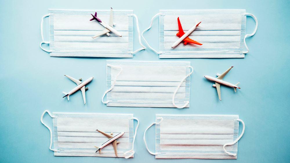 Υποχρεωτική η μάσκα στα αεροπλάνα για πολύ καιρό ακόμη, εκτιμά ο επικεφαλής της ΙΑΤΑ