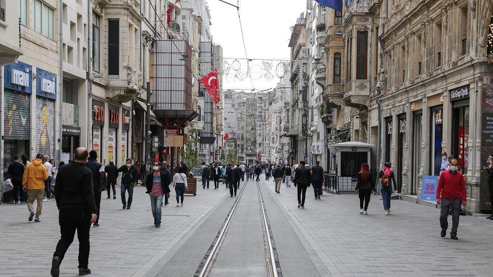 Τουρκία: Οι γυναίκες σήκωσαν το μεγαλύτερο βάρος της αμισθί εργασίας κατά τη διάρκεια του lockdown