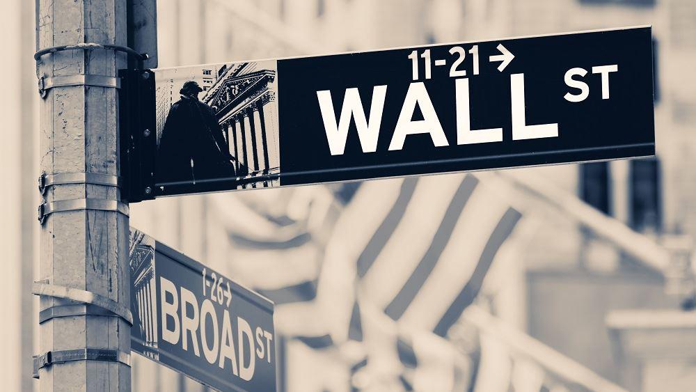 Κέρδη άνω του 1% στη Wall, ξανά πάνω από τις 30.000 μονάδες ο Dow Jones