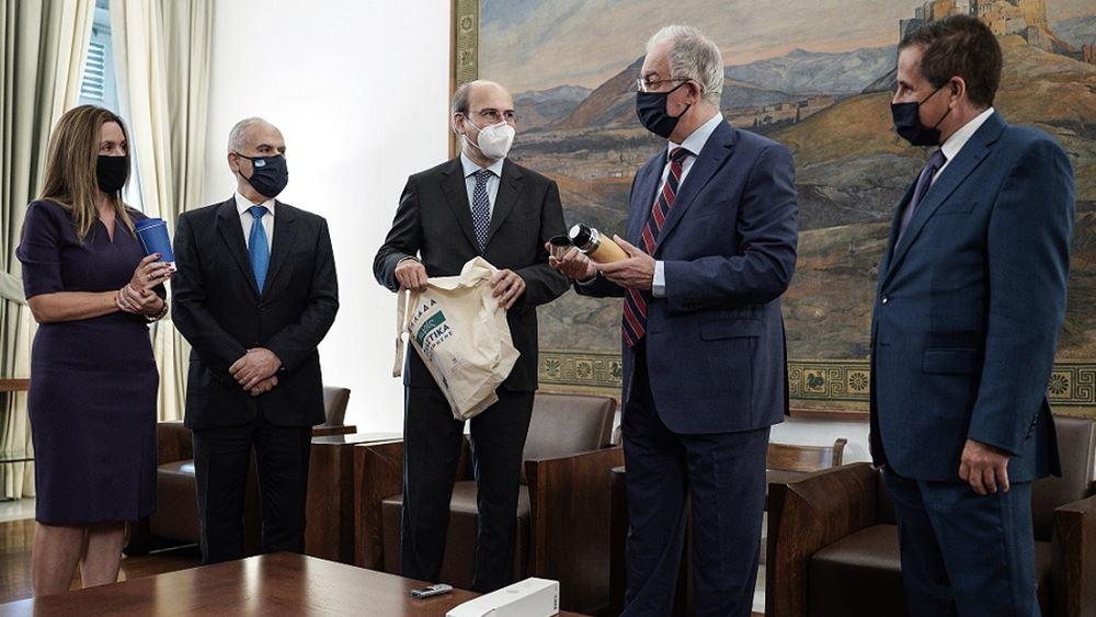 """Εκστρατεία """"Χωρίς Πλαστικά Μιας Χρήσης"""" και στη Βουλή"""