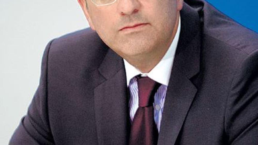 Μ. Λαζαρίδης: Η κυβέρνηση βρίσκεται σε αποδρομή