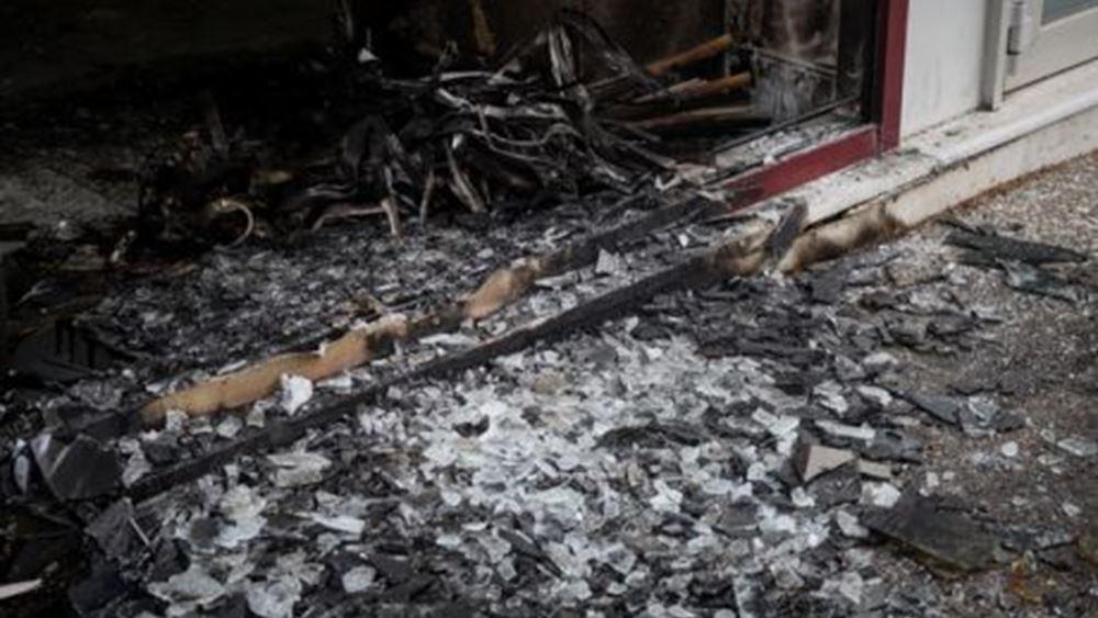 """Οι """"Ομάδες Διασποράς της Ανομίας"""" ανέλαβαν την ευθύνη για τέσσερις εμπρηστικές επιθέσεις με γκαζάκια"""