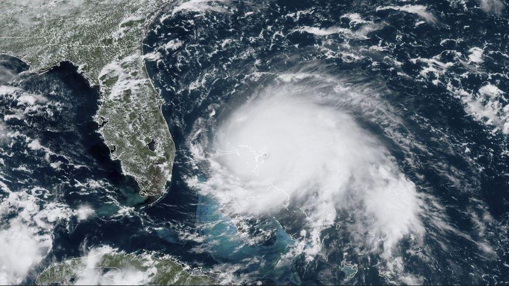 ΗΠΑ: Έξαρση κρουσμάτων Covid-19 και τυφώνας Αίντα πλήττουν τη Λουιζιάνα