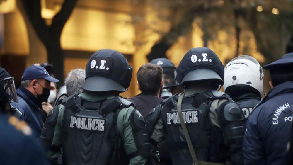 αστυνομία-εξάρχεια
