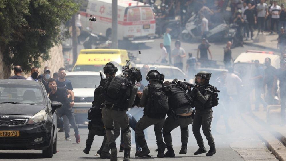 Ισραήλ: Πάνω από 300 τραυματίες από συγκρούσεις Παλαιστινίων με την ισραηλινή αστυνομία στην Ιερουσαλήμ