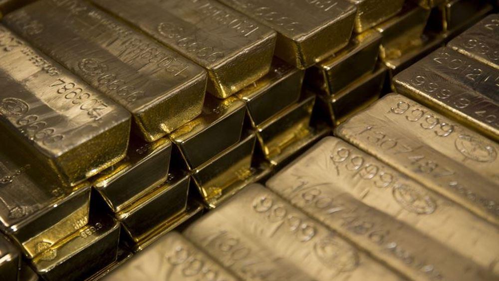 Πτώση για τον χρυσό που παρέμεινε όμως πάνω από τα 1.500 δολάρια