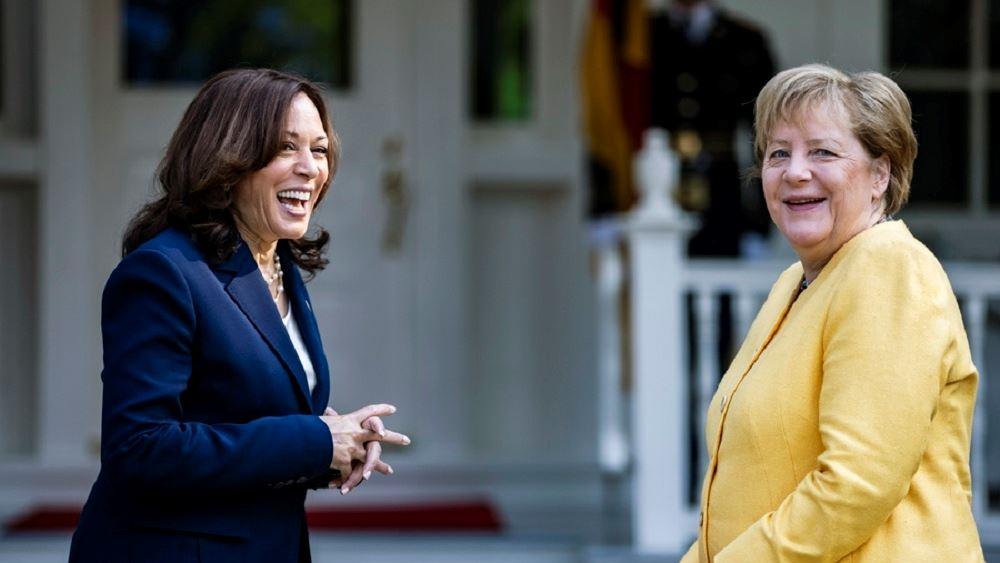 ΗΠΑ: Η αντιπρόεδρος Κάμαλα Χάρις υποδέθηκε την Μέρκελ - Το βράδυ η συνάντηση με Μπάιντεν