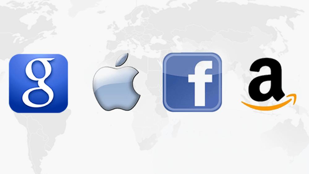 """Αμερικανός βουλευτής: Google, Apple, Facebook, Amazon έχουν """"υπερβολική δύναμη"""""""