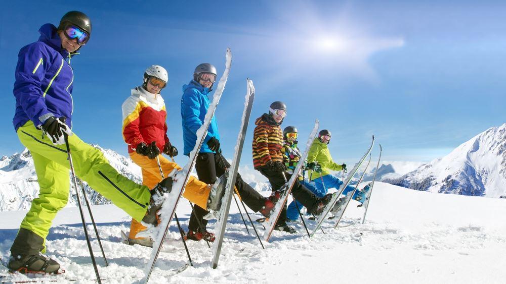 Κορονοϊός: Με περιορισμούς θα κάνουν σκι τα Χριστούγεννα οι Ελβετοί
