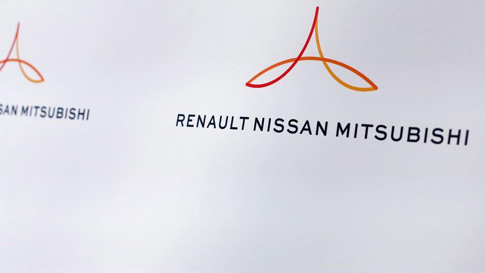 Η Nissan εξετάζει πώληση μέρους ή του συνόλου του μεριδίου της στη Mitsubishi Motors