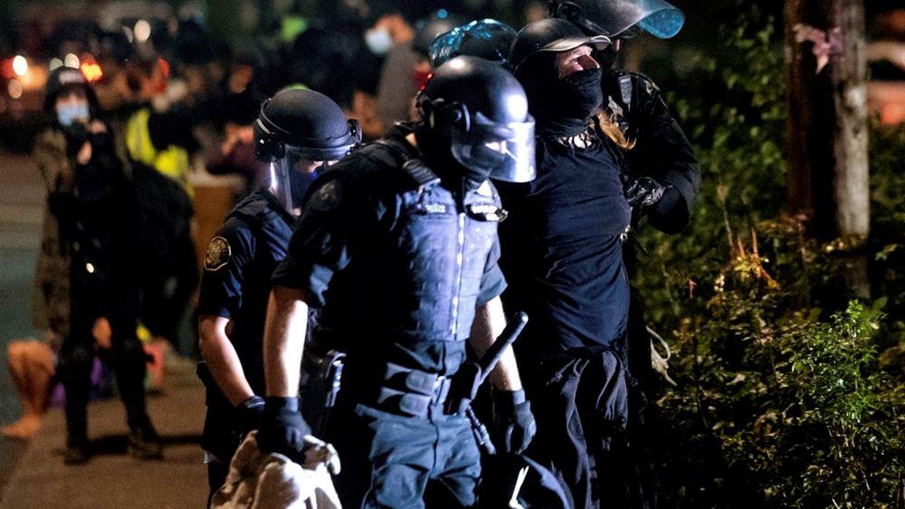 ΗΠΑ: Συλλήψεις στο Πόρτλαντ με την πόλη σύντομα να συμπληρώνει 100 ημέρες διαδηλώσεων