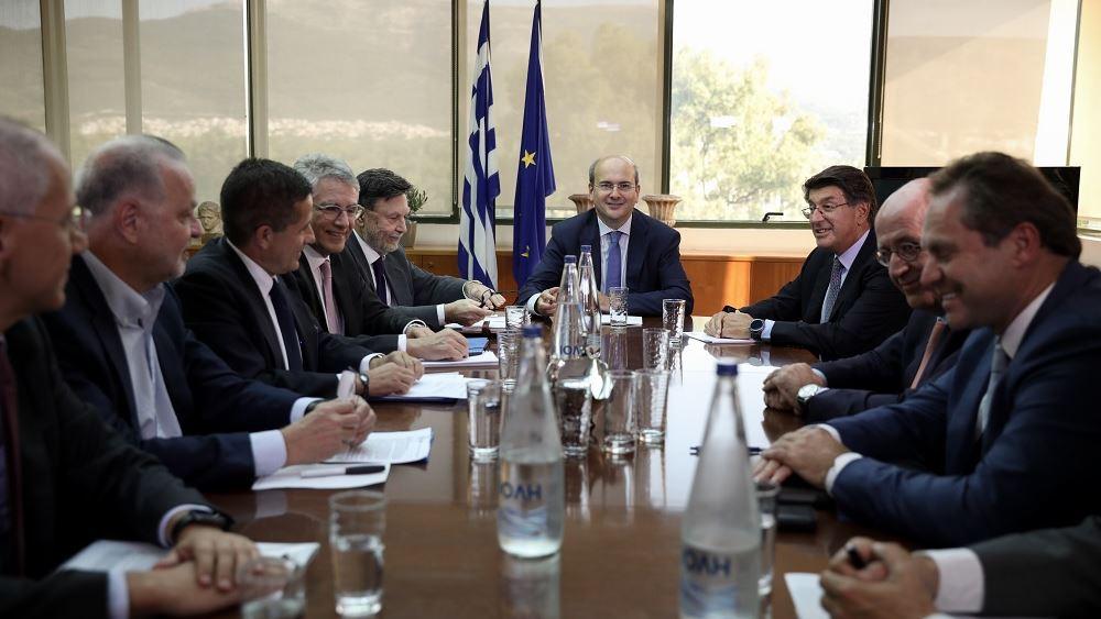 Η ενίσχυση των επενδύσεων στο επίκεντρο συνάντησης του Κ. Χατζηδάκη με τον ΣΕΒ
