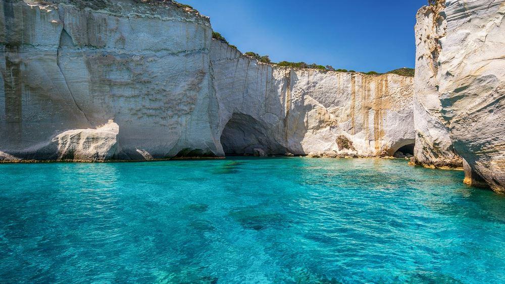 Η Μήλος το καλύτερο νησί στον κόσμο σύμφωνα με το ταξιδιωτικό περιοδικό «Travel + Leisure»