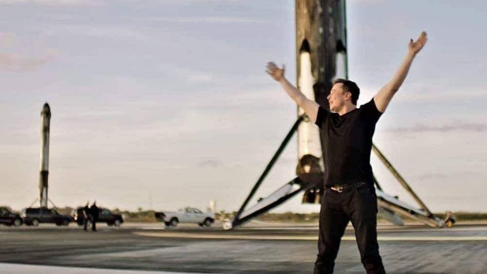Ο 'πύραυλος' Μασκ: Πώς το εκκεντρικό αφεντικό της Tesla έγινε ο 2ος πλουσιότερος άνθρωπος στον πλανήτη