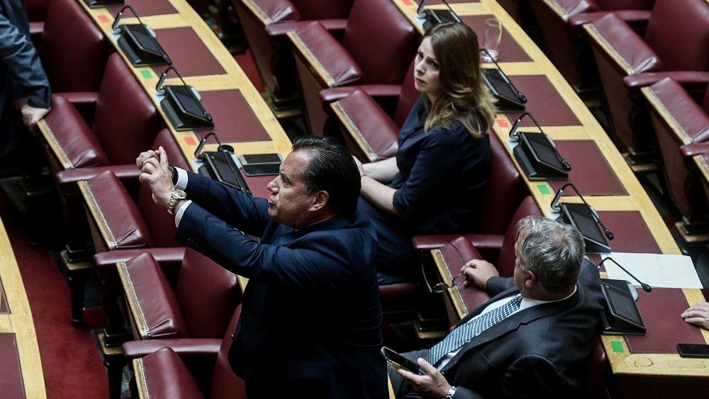 Βουλευτής ΣΥΡΙΖΑ: «Τι να πείτε κι εσείς που έχετε την κ…α σας ανοιχτή»