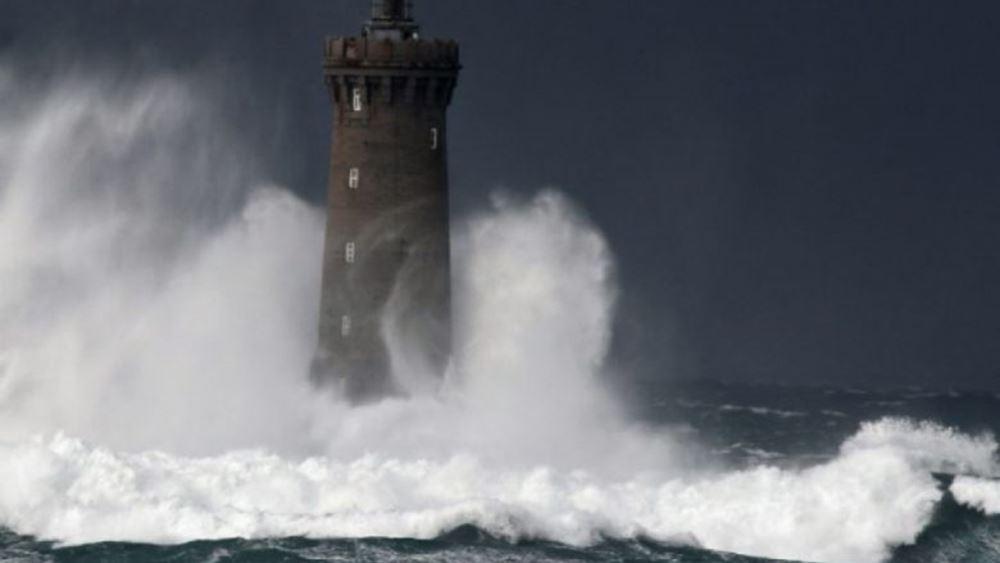 ΗΠΑ: Η καταιγίδα Νίκολας απειλεί τις ακτές του Τέξας