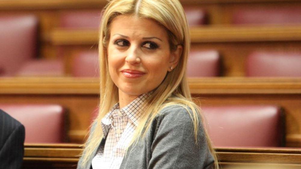 """Ε. Ράπτη: """"Δεν πρόκειται ποτέ να δεχθούμε να λέγονται Μακεδόνες οι Σκοπιανοί"""""""