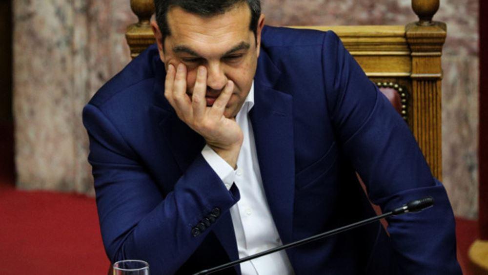 """Ο Τσίπρας τα βάζει με την Κυβέρνηση ενώ το κόμμα """"βράζει"""""""