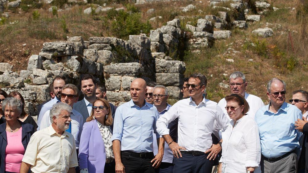 Σε αρχαίο θέατρο Δωδώνης και αγρόκτημα της Ιεράς Μονής Βελλά ο Κ. Μητσοτάκης