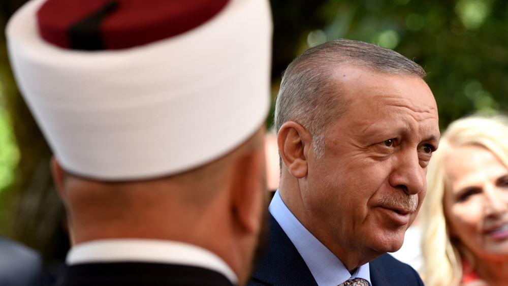 """Τουρκική δημοσκόπηση: Ο Ερντογάν χάνει από όλους - Εσωκομματικός """"πόλεμος"""" στους κεμαλιστές"""