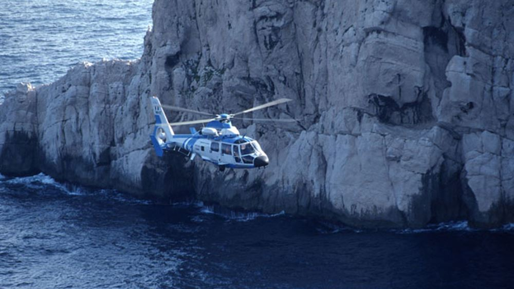 Κεφαλονιά: Διάσωση με ελικόπτερο δύο ανδρών που παρασύρθηκαν από τα κύματα στην παραλία του Μύρτου