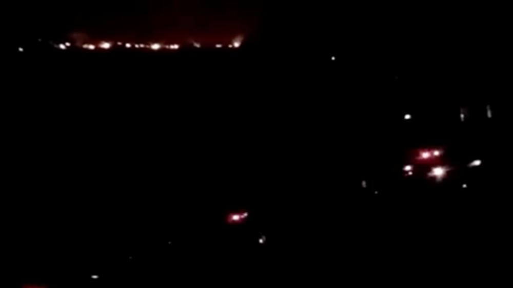 Πυρκαγιά σε δασική έκταση στο Πέραμα κοντά σε οικισμό