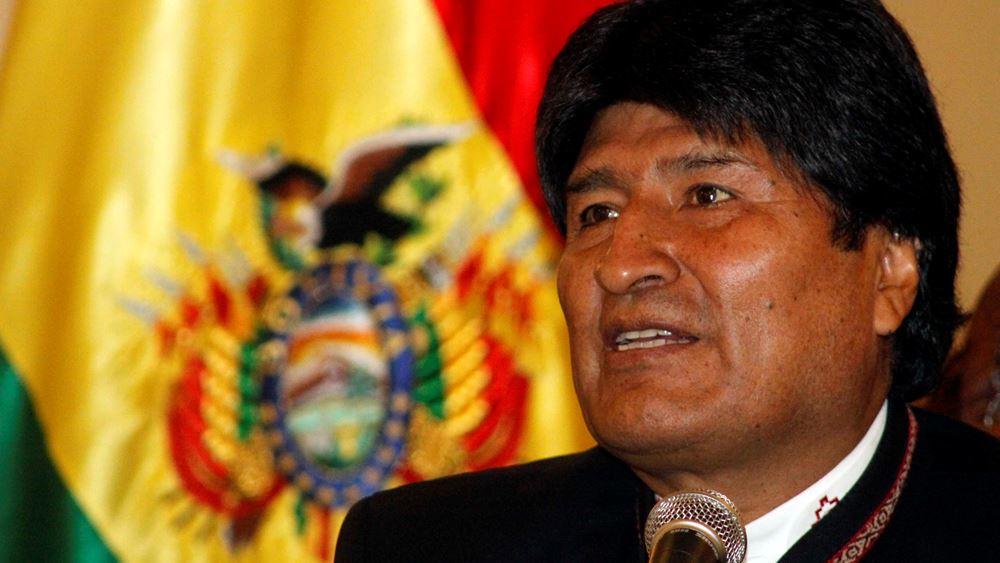 """Βολιβία: Αν ο Μοράλες επιστρέψει, θα πρέπει να """"λογοδοτήσει ενώπιον της δικαιοσύνης"""", δηλώνει η μεταβατική πρόεδρος"""