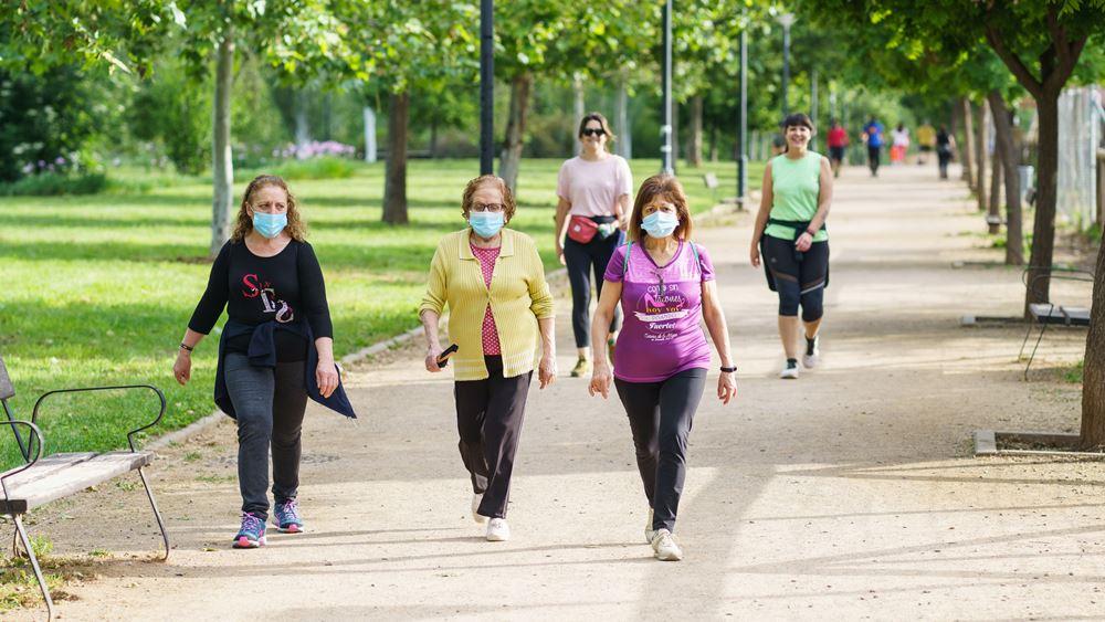 Η Ισπανία καταργεί από 26 Ιουνίου την υποχρεωτική χρήση μάσκας σε εξωτερικούς χώρους