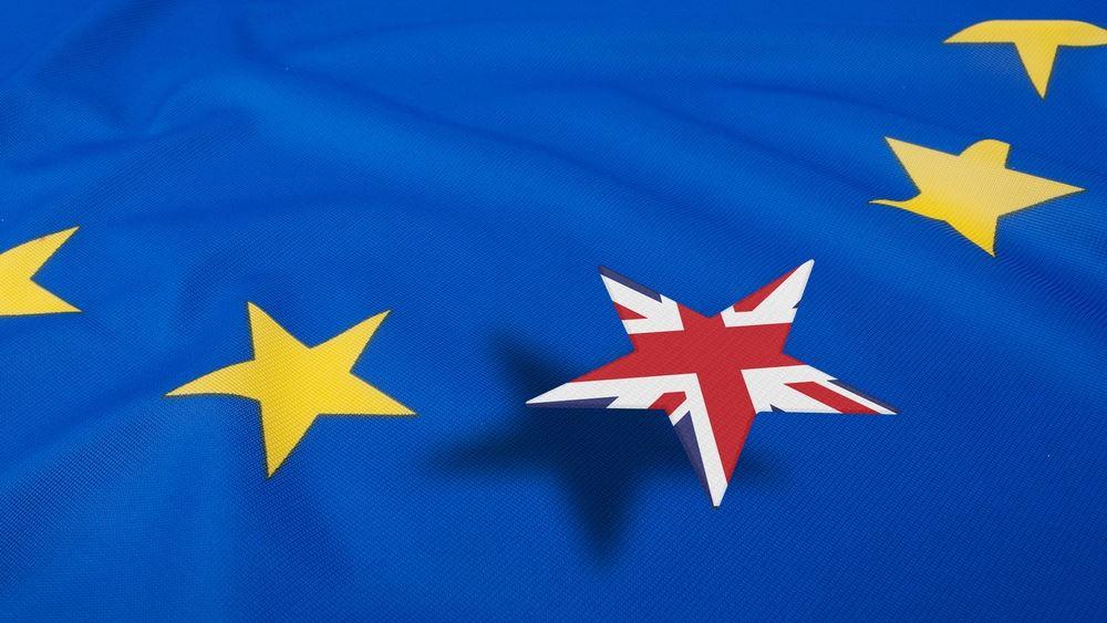 """Γερμανικό ΥΠΟΙΚ: """"Πολύ πιθανό"""" το Brexit χωρίς συμφωνία με την ΕΕ"""