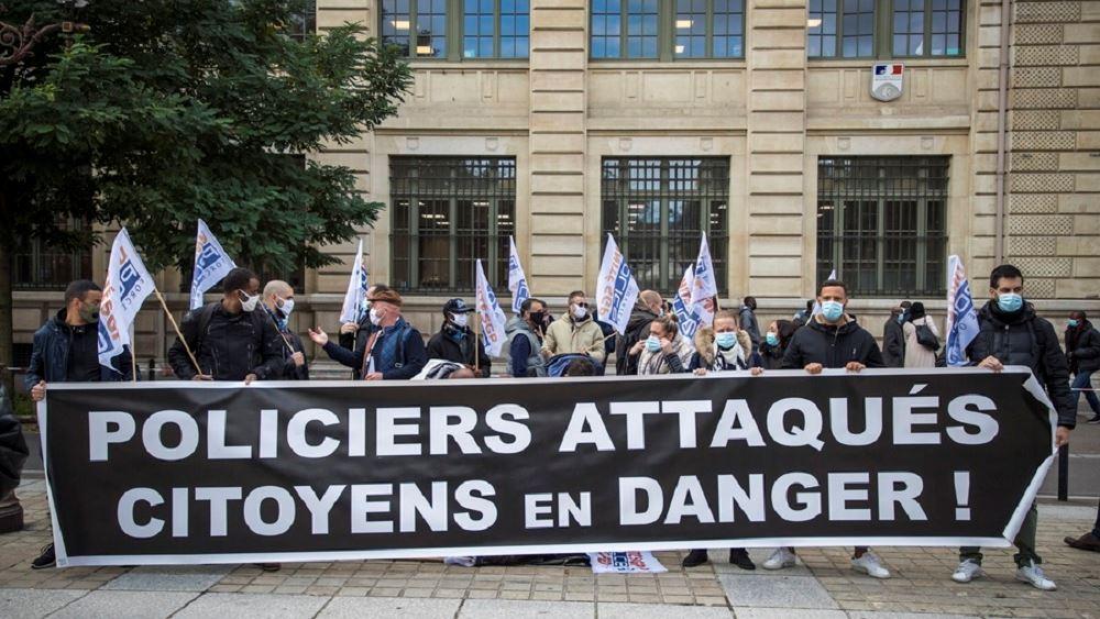 Γαλλία: Αστυνομικοί διαμαρτύρονται για τη βία σε βάρος τους