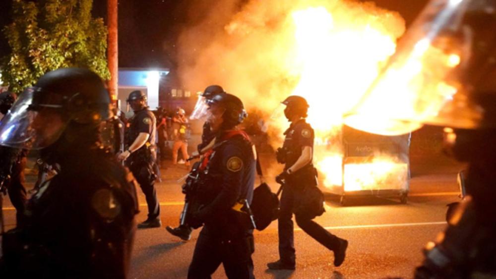ΗΠΑ: Συγκρούσεις της αστυνομίας με διαδηλωτές στο Πόρτλαντ
