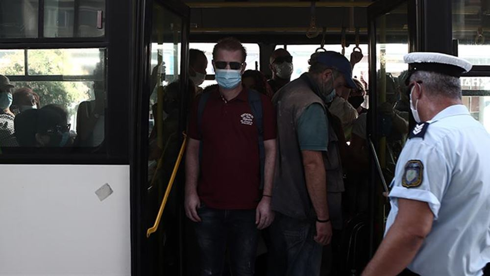 Έλεγχοι της Τροχαίας σε ΜΜΜ και πρόστιμα για μάσκες και υπεράριθμους επιβάτες