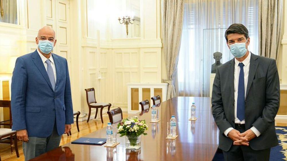 Συνάντηση Ν. Δένδια με το Γάλλο πρέσβη