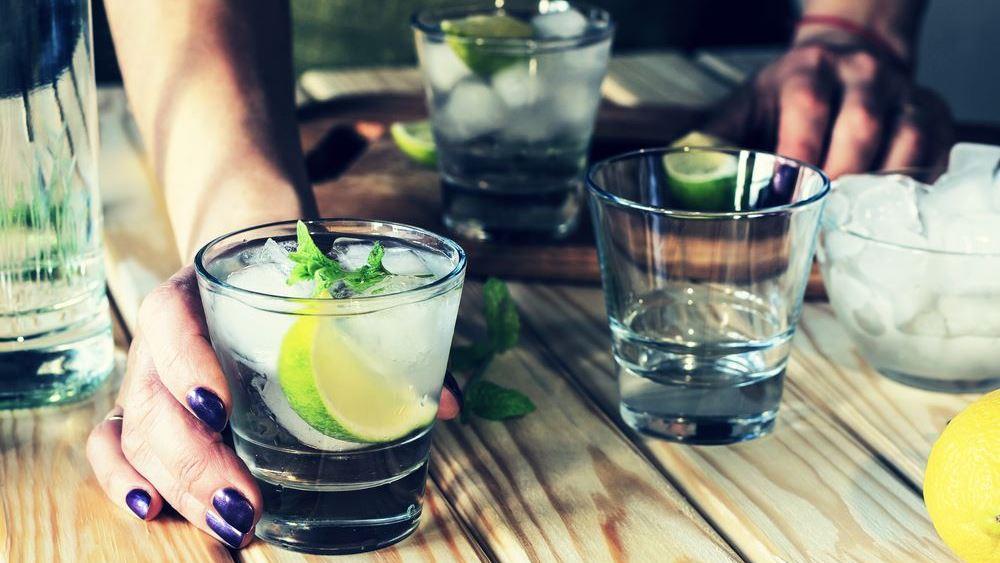 Πόσο κακό κάνει τελικά στην υγεία μας το αλκοόλ;