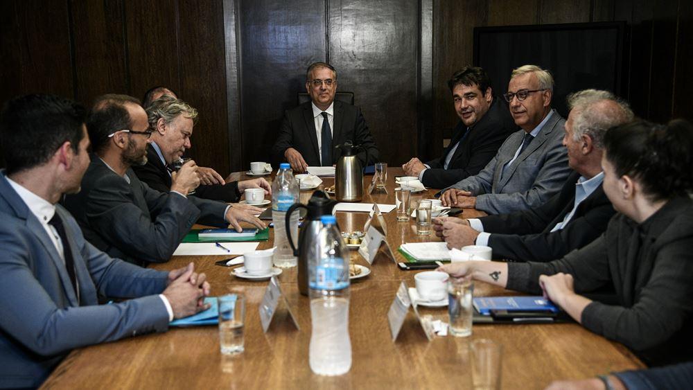 Η τελική πρόταση της διακομματικής για το σύνταγμα και την ψήφο των Ελλήνων του εξωτερικού