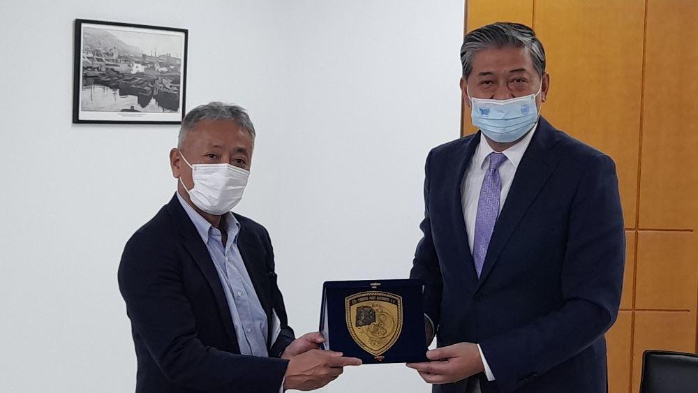 ΟΛΠ: Συνάντηση Captain Weng Lin με τον πρέσβη της Ιαπωνίας στην Ελλάδα