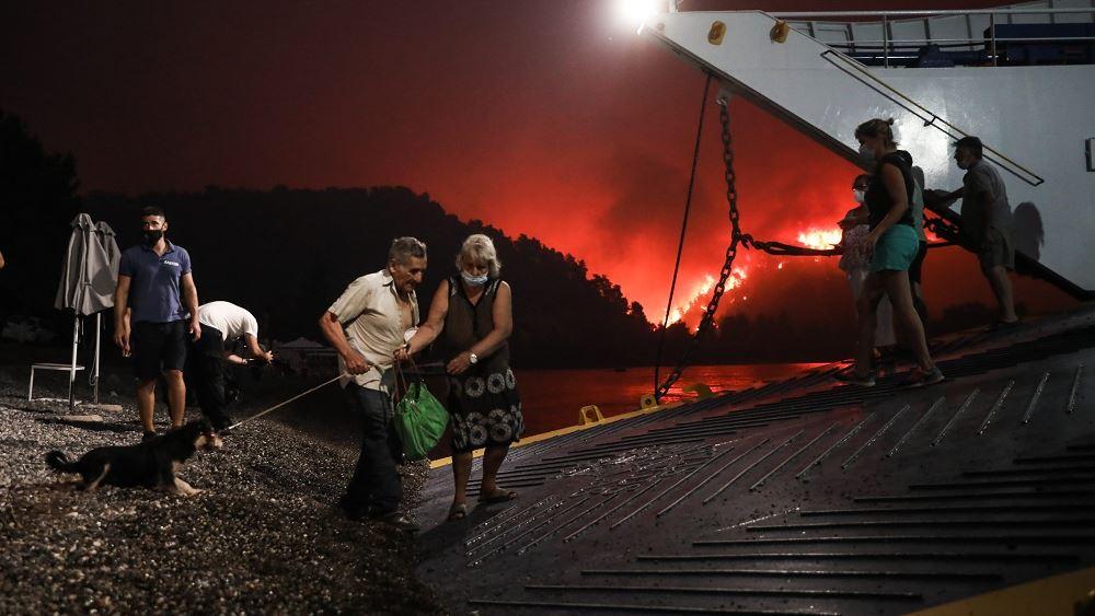 Εκτός ελέγχου οι πυρκαγιές στη Β. Εύβοια - Δύο πύρινα μέτωπα κυκλώνουν τη Μυρτιά