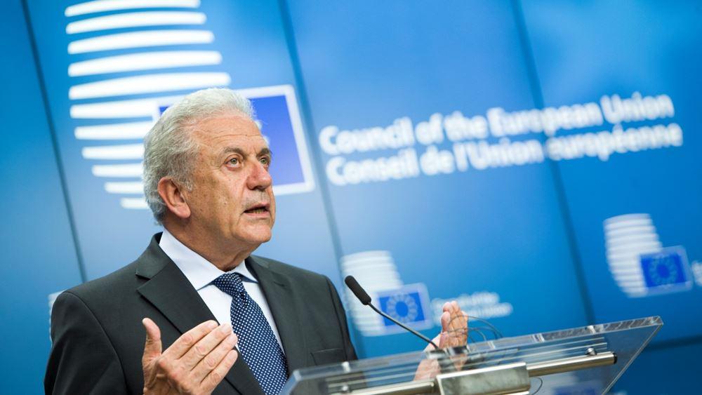 Αβραμόπουλος: Η προσωρινή επαναφορά ελέγχων στα σύνορα Σένγκεν πρέπει να σταματήσει