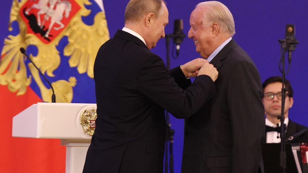 Παρασημοφόρηση του Νίκου Δασκαλαντωνάκη από τον Ρώσο Πρόεδρο Βλαντιμίρ Πούτιν