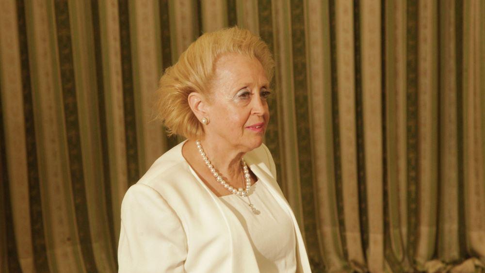 Η Βασιλική Θάνου ζητεί φοροαπαλλαγή 25% για τα εισοδήματά της το 2011-12