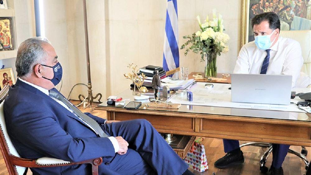 Αίτημα του ΕΕΑ σε Γεωργιάδη για κατάργηση του τηλεφωνικού ραντεβού στο λιανεμπόριο