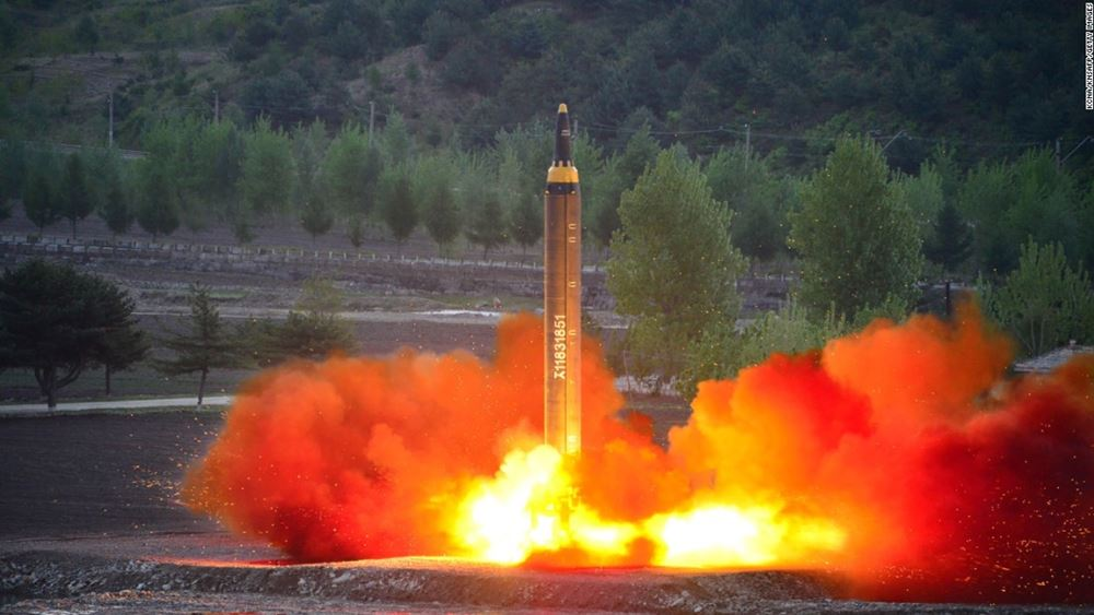 Κίνα: Η δοκιμή πυραύλου από τις ΗΠΑ θα αναθερμάνει την κούρσα των εξοπλισμών