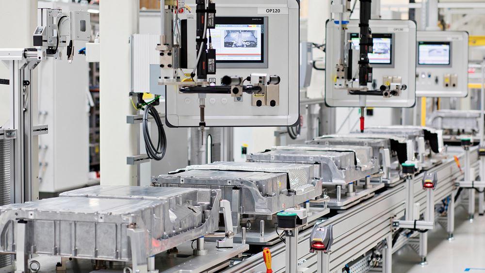 100.000 μπαταρίες για plug-in υβριδικά μοντέλα από την Skoda