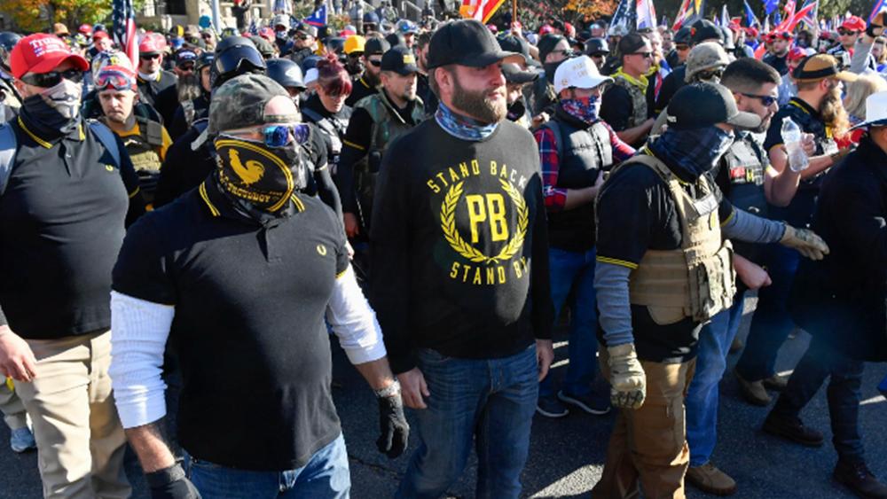 """Οι ακροδεξιοί Proud Boys του Καναδά διαλύθηκαν, μετά τον χαρακτηρισμό τους ως """"τρομοκρατικής οργάνωσης"""""""