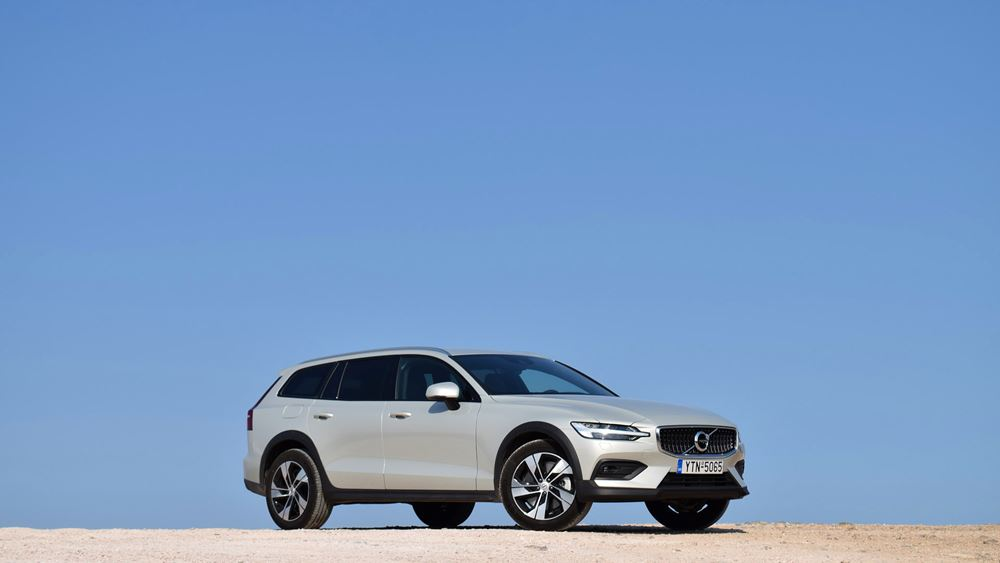 Volvo V60 Cross Country: Με άποψη και ουσία
